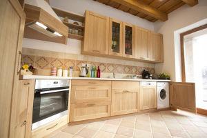 Modern gépekkel biztosítjuk vendégeink kényelmét a konyhában