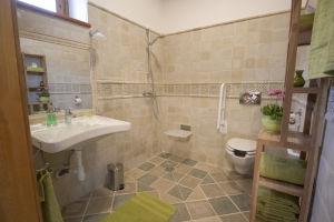 KIKELET fürdőszoba